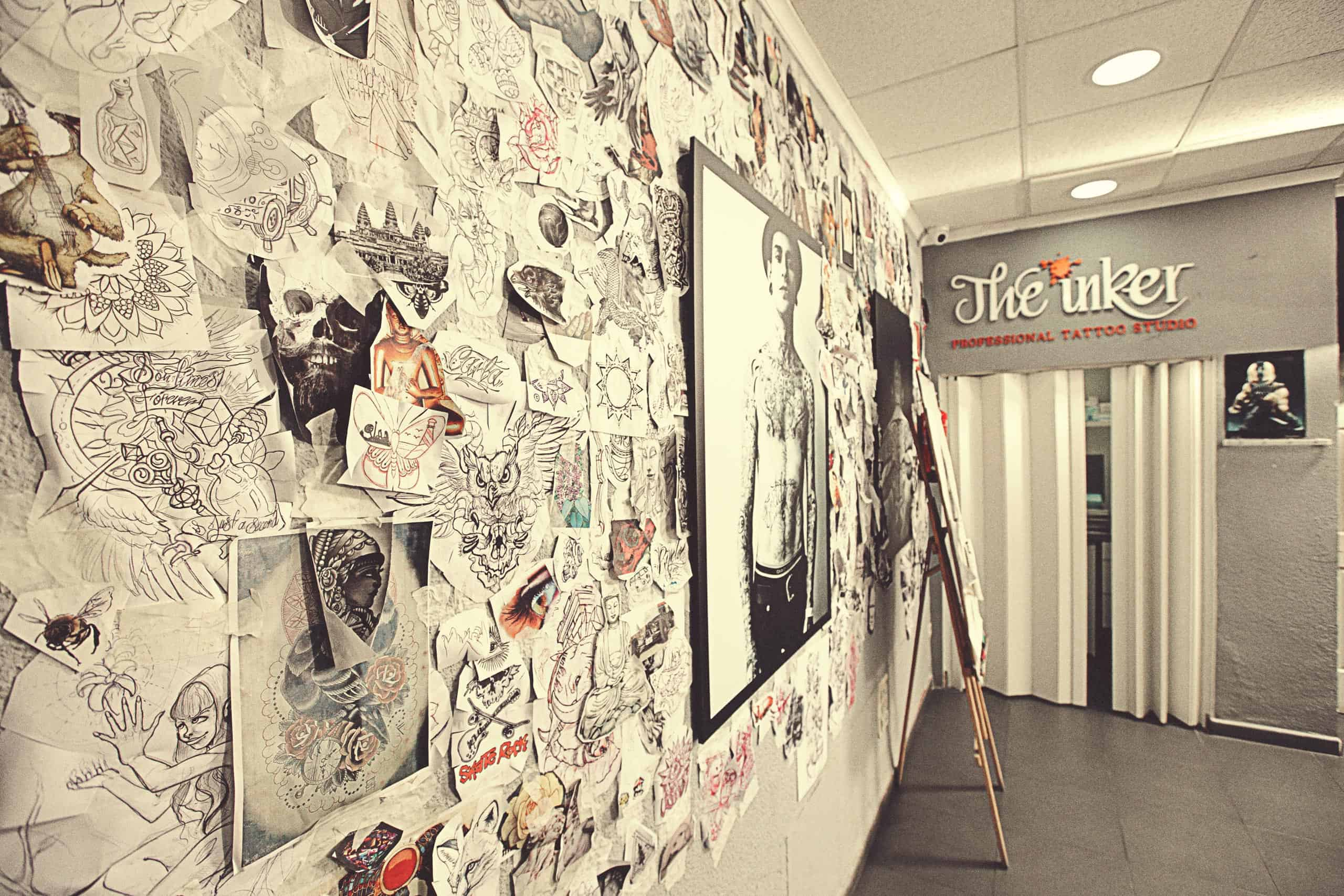 Pared con tatuajes the inker